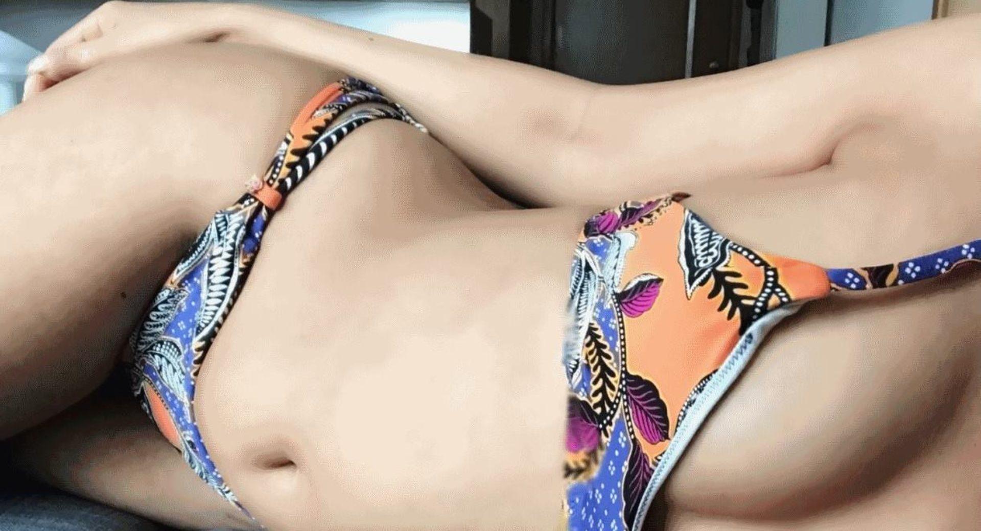 Afina  Sexy playmate